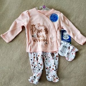 Gerber baby girl layette set